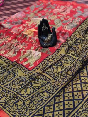 Red color linen digital & kalamkari print saree with fancy pallu