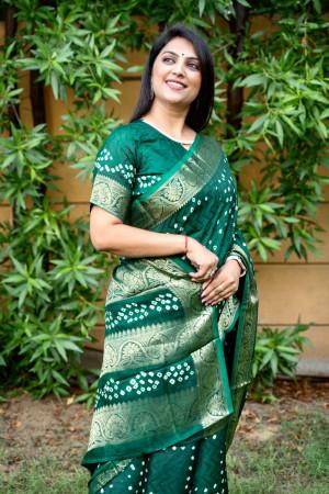 Green color pure hand bandhej bandhani saree