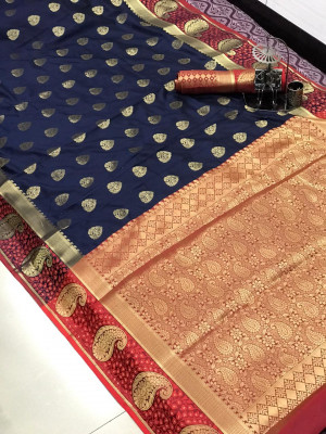 Soft lichi silk saree with zari weaving border and pallu