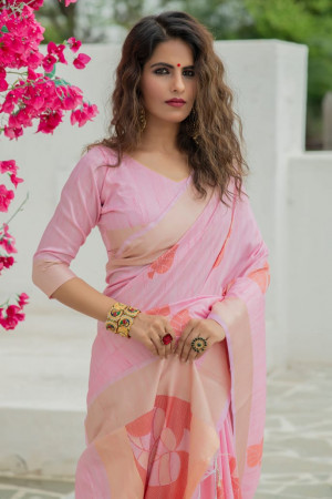 Soft mulberry silk weaving saree with zari work